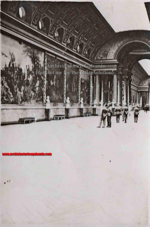 Versailles 1940, Versailles ww2, Versailles occupation, Versailles chateu, castello di Versailles seconda guerra mondiale, Versailles 1944, galleria delle battaglie