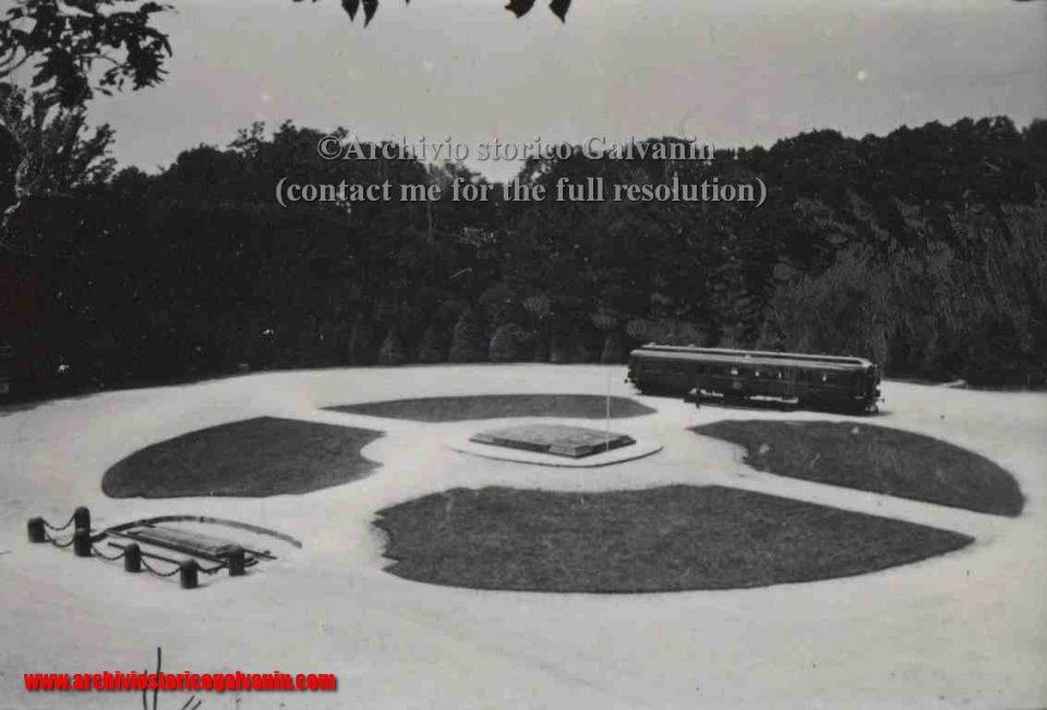 Compiegne, Compiegne 1940, Compiegne ww2, Compiegne wagon, Compiegna armistice, Compiegne seconda guerra mondiale, Compiegne Hitler, vagone treno