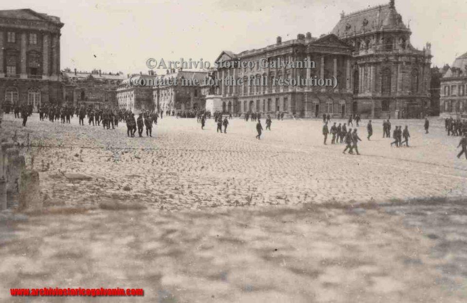 Versailles 1940, Versailles ww2, Versailles occupation, Versailles chateu, castello di Versailles seconda guerra mondiale, Versailles 1944