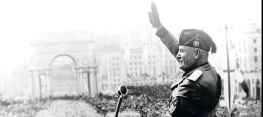 Duce, storia del fascismo riassunto, colonialismo italiano riassunto, discorsi Duce Mussolini, seconda guerra mondiale riassunto, guerra africa settentrionale